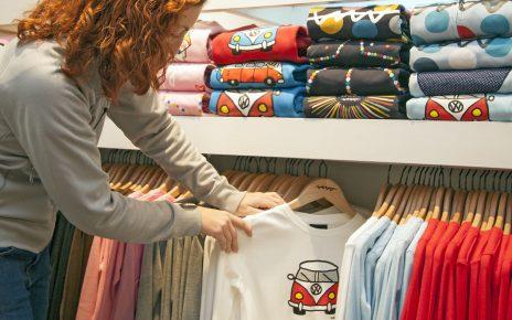 Koszulki słowiańskie dla pań zamiast nudnych t-shirtów z sieciówek